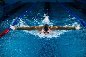 trening pływania